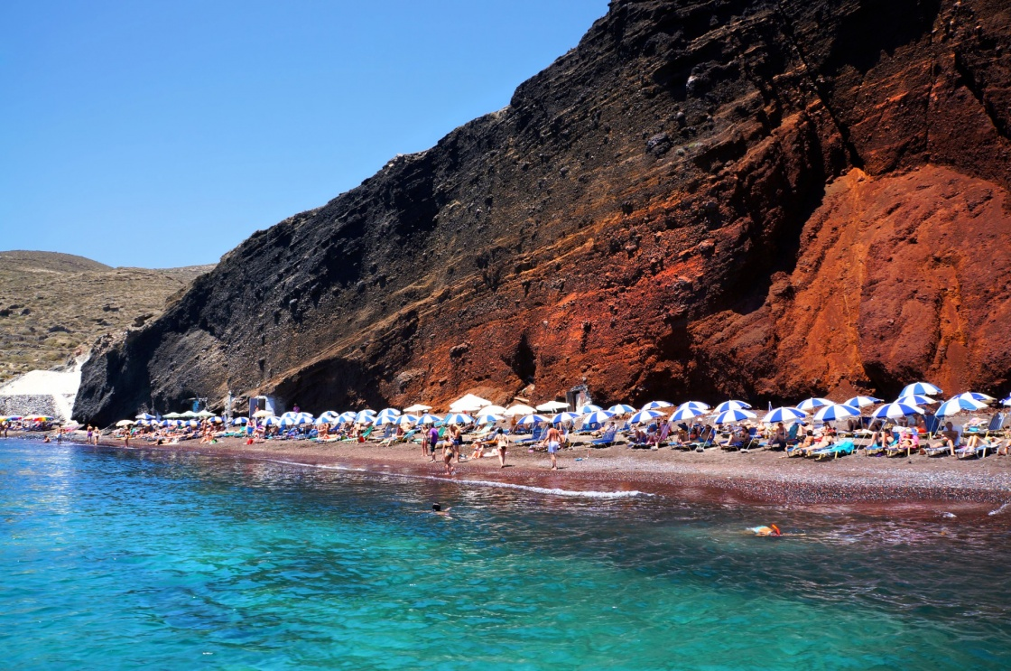 'Seascape and red beach of Santorini island, Greece' - Santorini